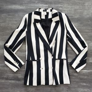 White Black Beetlejuice H&M Blazer Long Sleeve